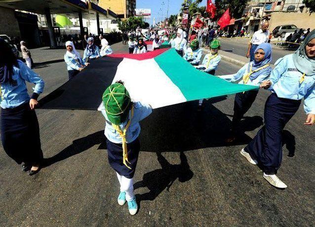 بالصور: الفلسطينيون يحيون الذكرى الثلاثين لمجازر صبرا وشاتيلا