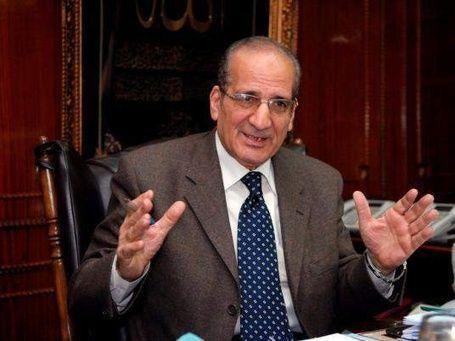 سويسرا تجمد 700مليون فرنك وأموال 17 شخصية مصرية