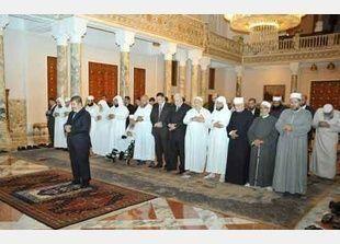 الرئيس المصري وعد السلفيين بتطبيق الشريعة