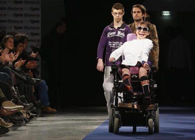 بالصور: عرض أزياء مميز لذوي الاحتياجات الخاصة