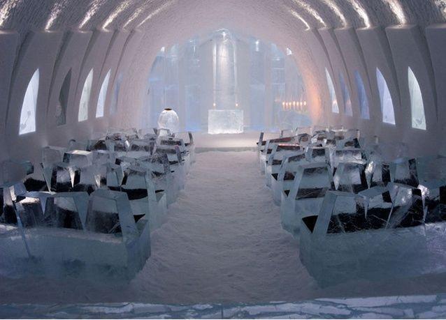 بالصور : بناء فندق من الجليد في السويد