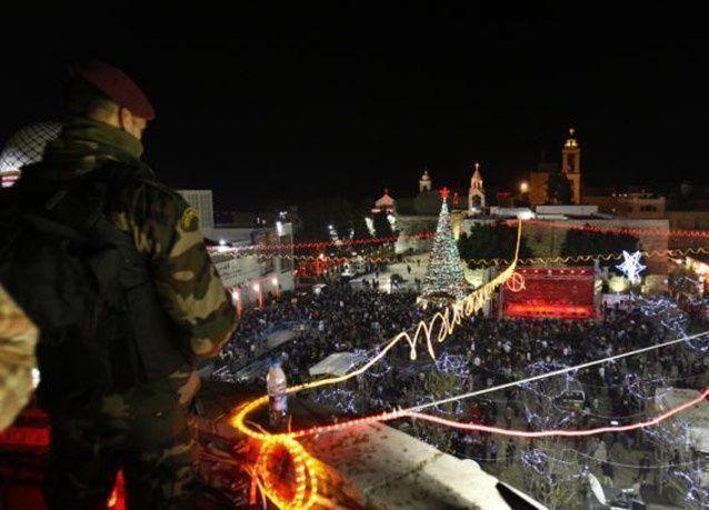 بالصور: احتفالات ليلة الميلاد المجيد في مدينة بيت لحم الفلسطينية