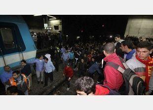 اعتصام الألترس يوقف حركة قطارات المترو تماماً بالقاهرة