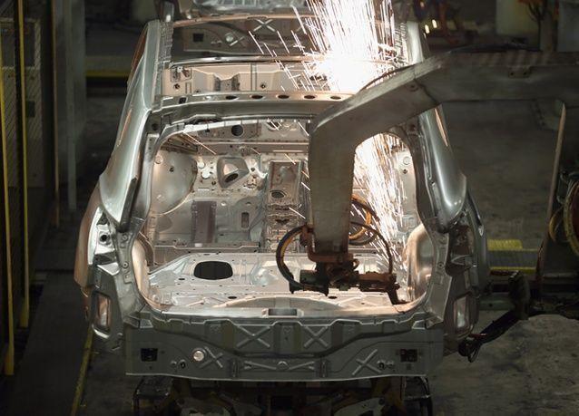 بالصور : جولة في أحد مصانع شركة نيسان اليابانية