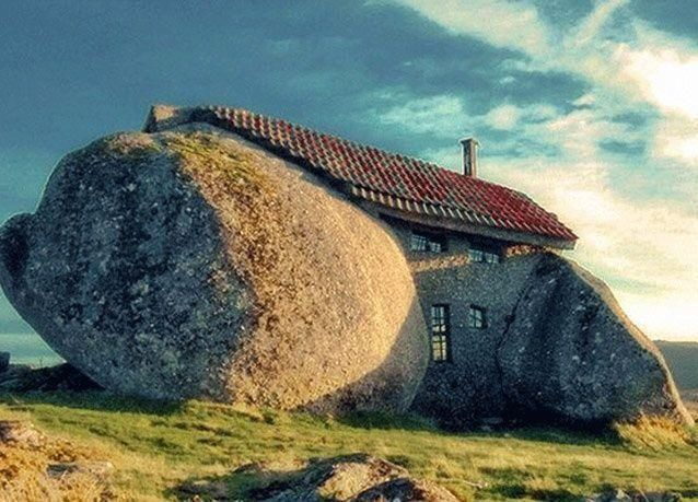 منازل مجنونة من حول العالم بالصور