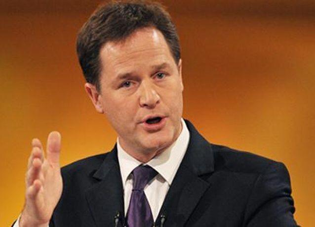 استشهاد نائب رئيس وزراء بريطانيا بآية قرآنية