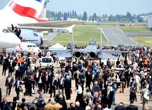 صور من معرض باريس للطيران 2013
