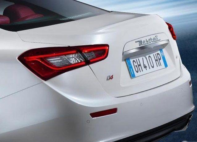 بالصور: أول ظهور علني لسيارة مازيراتي جيبلي الجديدة