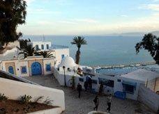 تونس: السياحة لم تعد بالكامل
