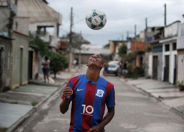 الفيفا يتلقى اكثر من مليون طلب لشراء تذاكر كأس العالم في سبع ساعات