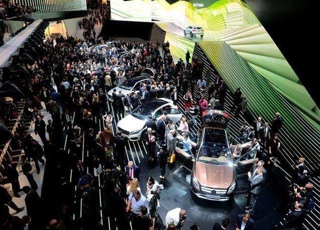 صور من معرض فرانكفورت للسيارات 2013