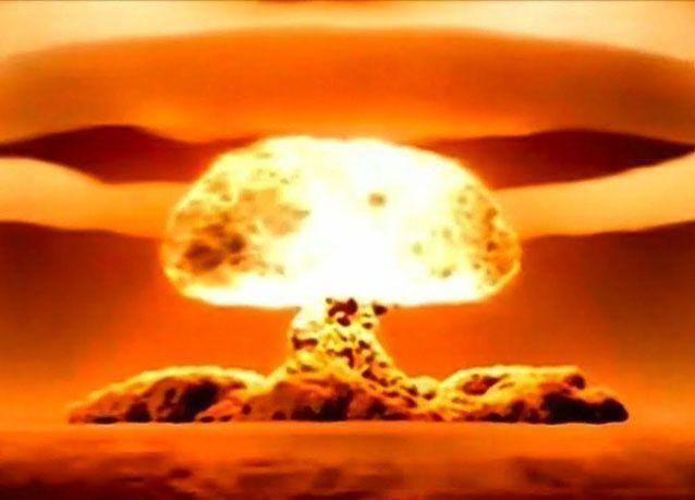 في يناير 1961 ، كادت الولايات المتحدة أن تفجر نفسها نوويا