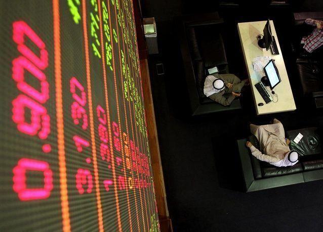 بورصة دبي تواصل مكاسبها وتباين أسواق الخليج مع قلة المحفزات