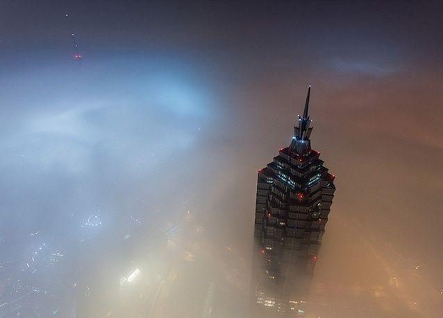 صور مذهلة من قمة أعلى بناء في الصين