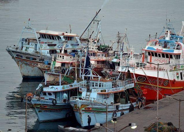 إعادة فتح مينائين بمصر بعد تحسن الأحوال الجوية