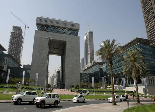 وفاة مصرفي بريطاني ساهم في نهضة دبي
