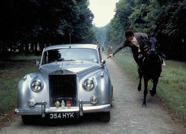 سيارات جيمس بوند في معرض بلندن