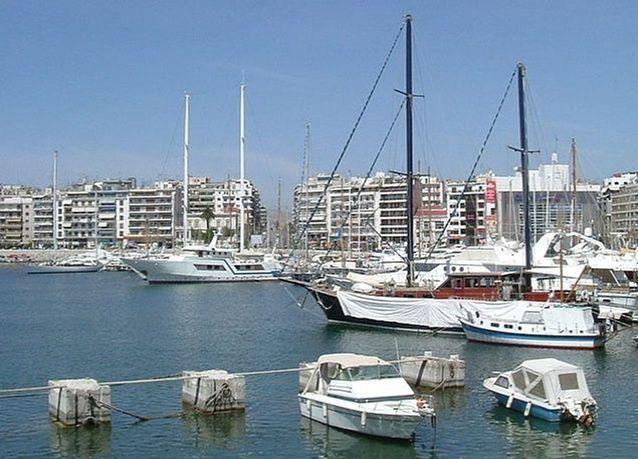 الإمارات تطلق مشروع استثماري في اليونان بتكلفة تتجاوز 7 مليارات يورو