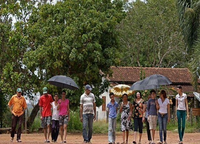 بالصور: سكان قرية في البرازيل يذوبون تحت أشعة الشمس