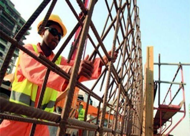 الإمارات: حظر العمل تحت شمس الظهيرة يبدأ 15 يونيو