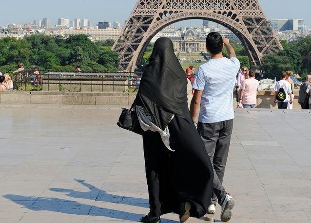النمسا ودول أوروبية أخرى تسعى لمنع النقاب أسوة بفرنسا