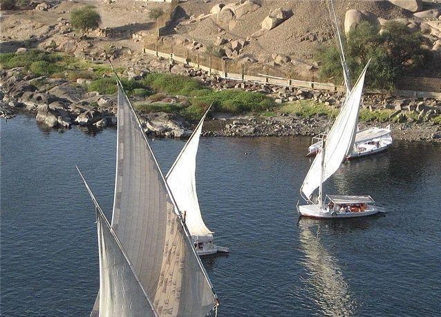 مصر تعفي السياح الروس من رسوم تأشيرة الدخول حتى 30 أبريل