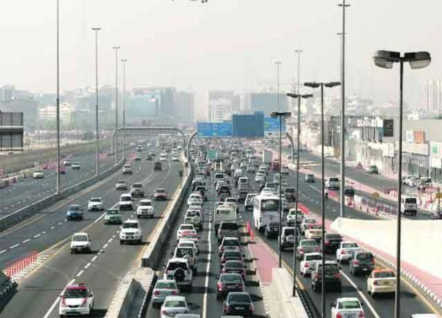 إغلاق جزئي لشارع الاتحاد بالشارقة باتجاه دبي