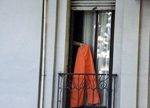 بالصور: سجناء من غوانتانامو يستمتعون بأول ساعات الحرية