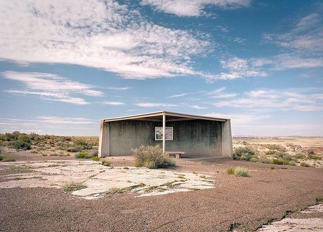 بالصور: أجمل محطات الإنتظار على أطراف الطرق في أمريكا
