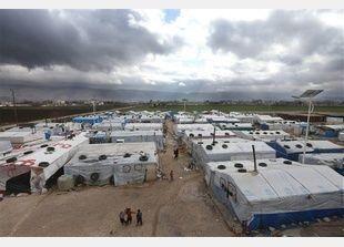 عاصفة قارسة البرودة تجتاح الشرق الأوسط واللاجئون يعانون وطأتها