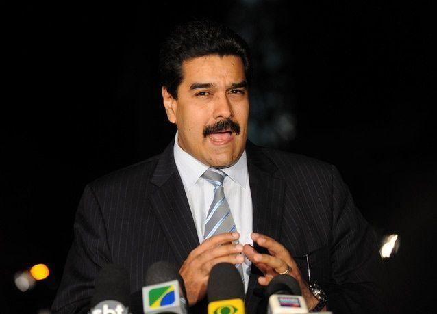 الرئيس الفنزويلي: سعر النفط لن يعود إلى 100 دولار للبرميل