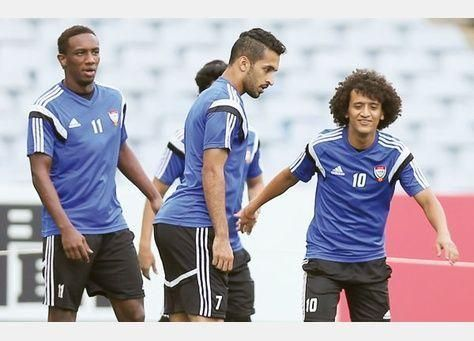 المنتخب الإماراتي المتألق يستعد لنصف نهائي أستراليا 2015