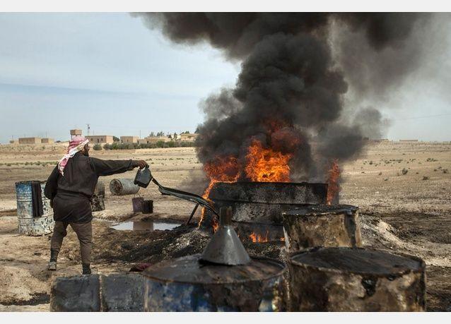 لماذا يطلق السوريون اسم داعش والعرعور على وقود التدفئة ؟