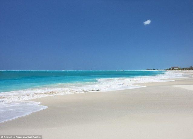 بالصور: أجمل الشواطئ في العالم بعيون المسافرين