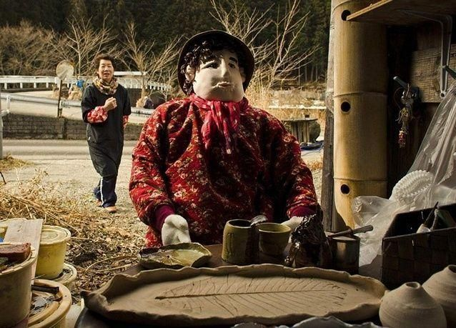 بالصور: مدينة الدمى اليابانية