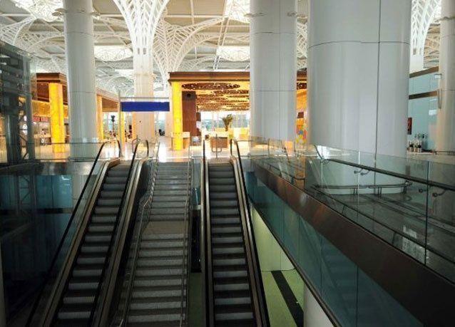 بالصور: مطار الأمير محمد بن عبدالعزيز الدولي الجديد