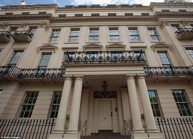 بالصور: شاهد فخامة قصر امتلكه أمير سعودي سابقا سيباع بـ 280 مليون جنيه في لندن