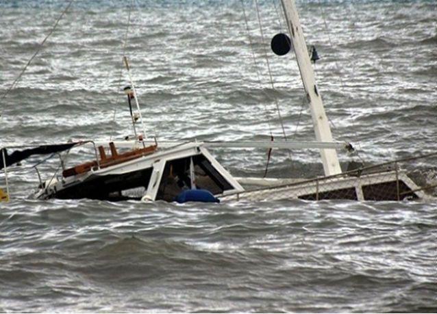 غرق 11 مهاجرا في طريقهم إلى جزيرة يونانية يعتقد أنهم سوريون