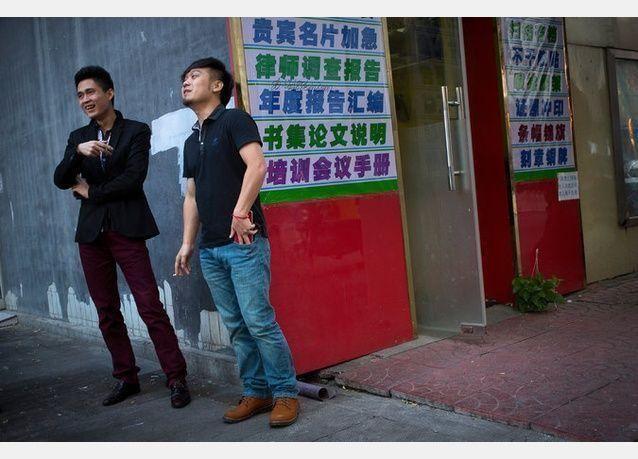 دراسة : التدخين سيقتل ثلث شباب الصين