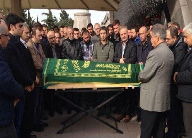 """وفاة أشهر أبطال المسلسل التركي """"وادي الذئاب"""""""