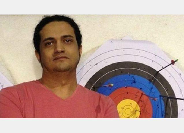 السعودية تخفف حكم الإعدام على الشاعر أشرف فياض إلى السجن 8 أعوام و800 جلدة