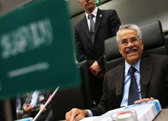 اتفاق سعودي روسي بتجميد مستوى إنتاج النفط لرفع الأسعار .. وإيران تشكل عائقا