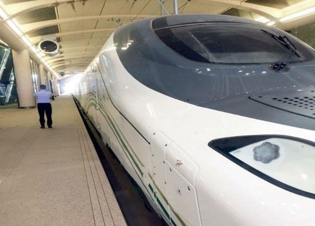 """مشروع الحرمين : 35 قطارا كهربائيا أصغرها بسعة طائرة """"جامبو"""" .. وتأجيل التشغيل إلى 2017"""