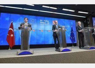 أوروبا ستغلق بوابتها التركية أمام اللاجئين بعد توقيع اتفاق «مبدئي»