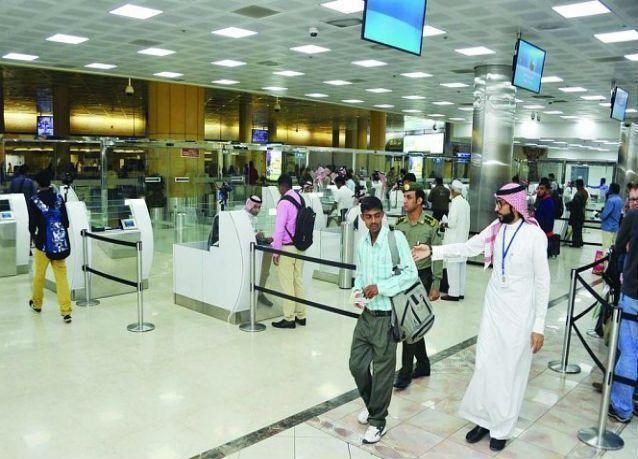 هل سيتم الاستغناء عن الموظفين الحاليين في مطارات السعودية بعد الخصخصة ؟
