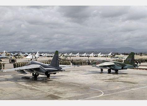 مجموعة أخرى من الطائرات الحربية الروسية تقلع من سوريا عائدة إلى روسيا