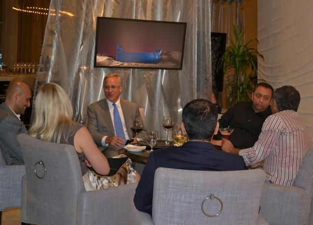 الإمارات: وزارة الاقتصاد ترفض رفع أسعار المطاعم وتتوعد المخالفين