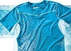 أول قميص لتبريد من يرتديه في الحر