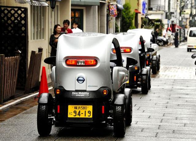 بالصور: نيسان تطلق أحدث سيارة كهربائية في شوارع اليابان