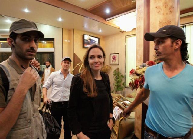 صور من زيارة أنجيلينا جولي إلى ليبيا